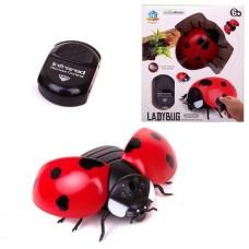 Интерактивные насекомые и пресмыкающиеся. Божья коровка р/у, световые эффекты